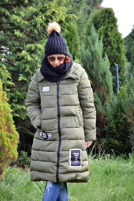 ROSEGAL - zimowa, zielona kurtka/green jacket i złote kolczyki.
