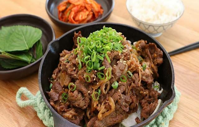 Bulgogi, semur dagingnya Korea