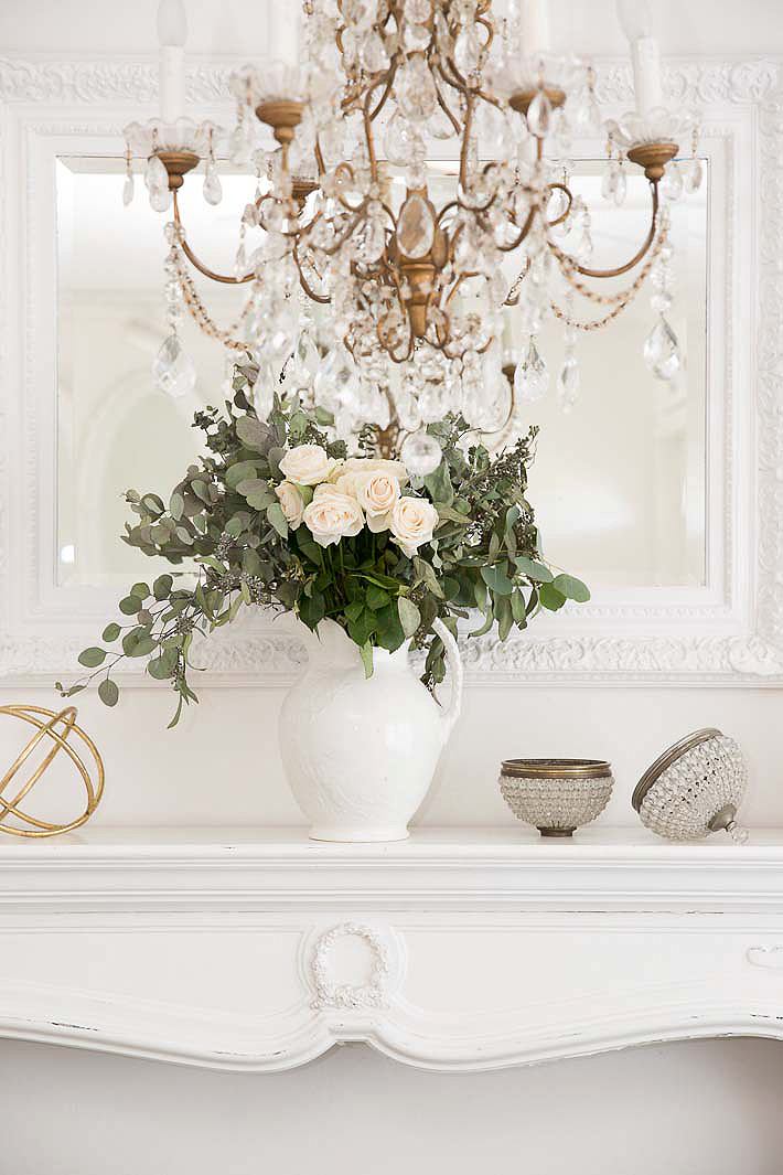 beautiful vintage french chandelier and pink roses