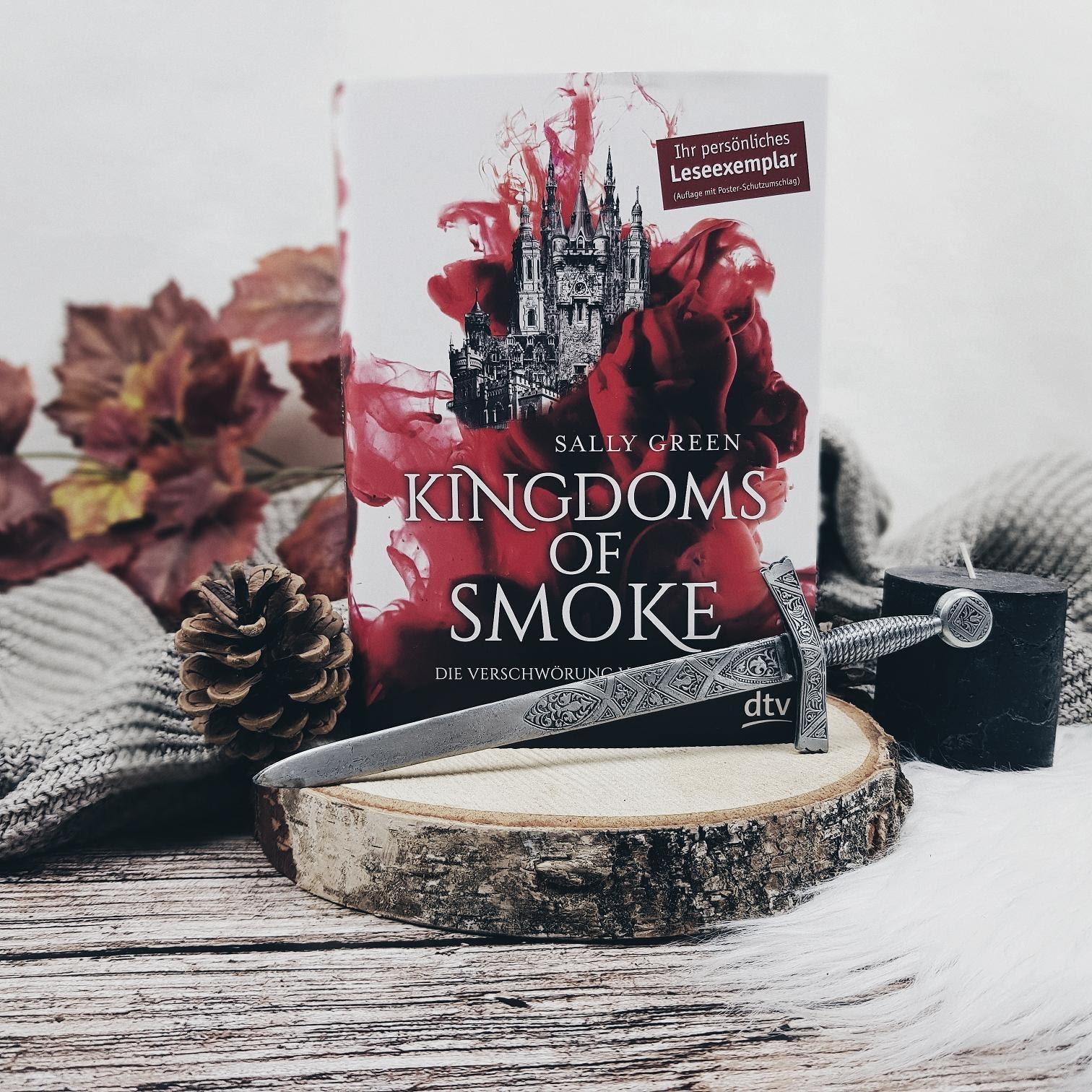 Bücherblog. Rezension. Buchcover. Kingdoms of Smoke - Die Verschwörung von Brigant von Sally Green. Fantasy, Jugendbuch. dtv Verlag. ©Lisa B. | Prettytigers Bücherregal | prettytigerbuch