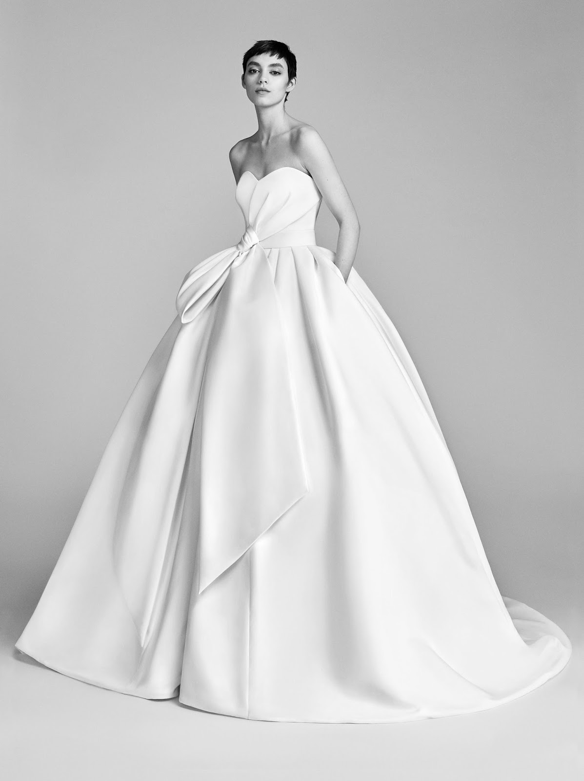 775d3c76b873 Novità dalla nyc Bridal Market - Viktor   Rolf. - Moda nozze - Forum ...