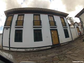 A casa da escrava Chica da Silva.