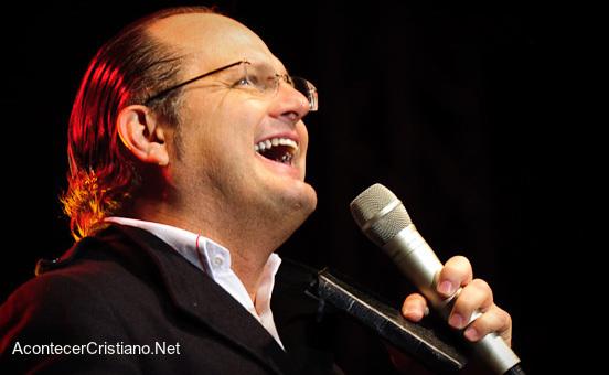 Marcos Witt admite que la música cristiana es una industria