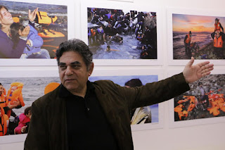 Μια φωτογραφική έκθεση που συγκλονίζει και κινητοποιεί  Άνοιγμα στα 2α Κινηματογραφικά Αφιερώματα με τα εγκαίνια της έκθεσης «ΠΡΟΣΦΥΓΕΣ»