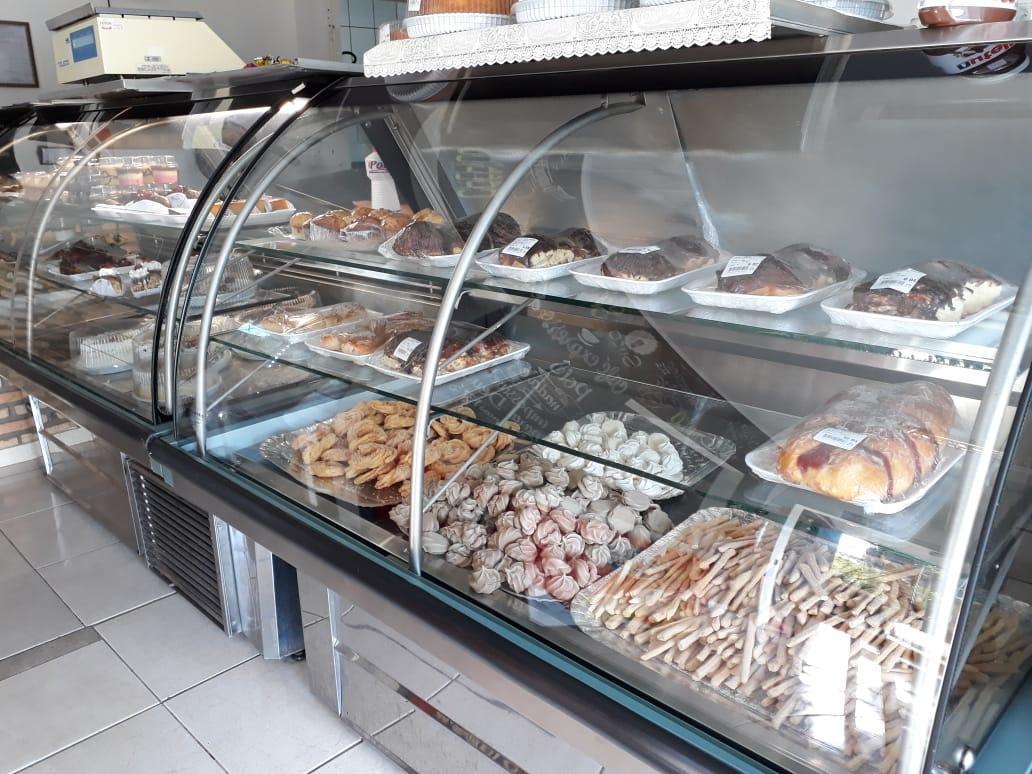 Inaugurada há dois meses, padaria Pão Nosso é sucesso em Cajobi