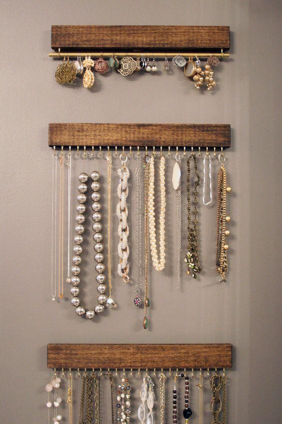 organizador de bijuterias como colares e brincos