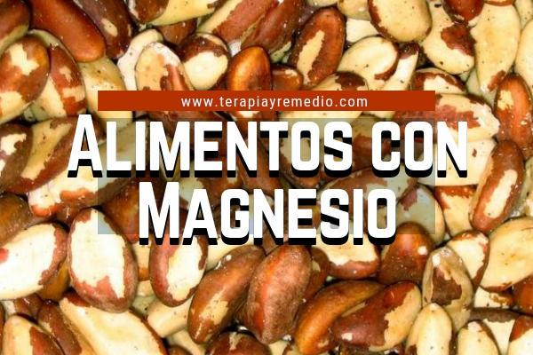 El Magnesio lo encontramos en Alimentos como las almendras, el cacao, nueces...