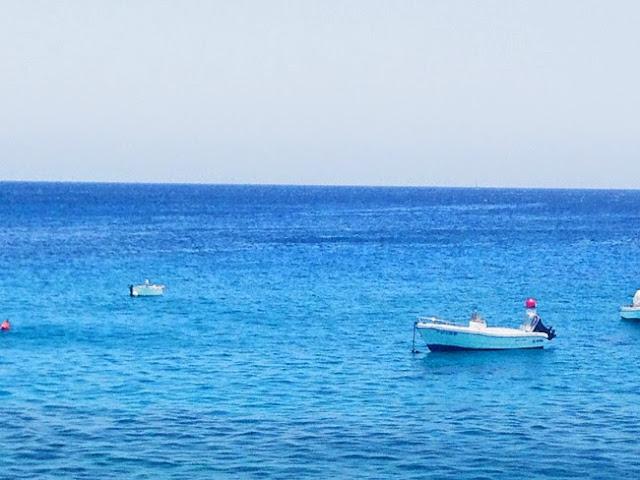 Lanzarote Kanarische Inseln günstig reisen Reiseblog Urlaubspiraten Kanaren türkis Meer