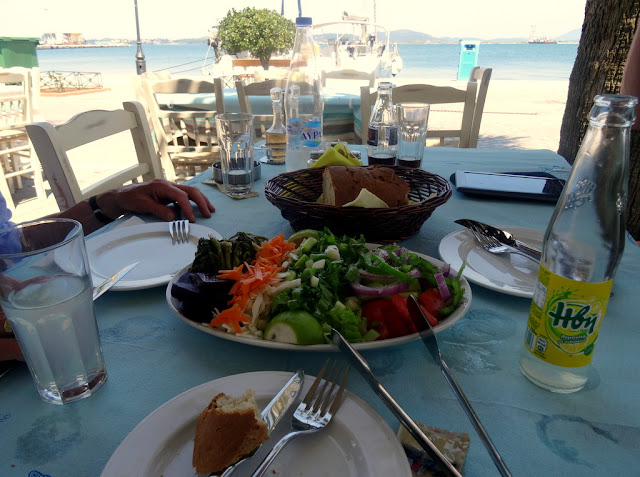 Mainland Greece: Light and Refreshing Lunch at Preveza Harbour