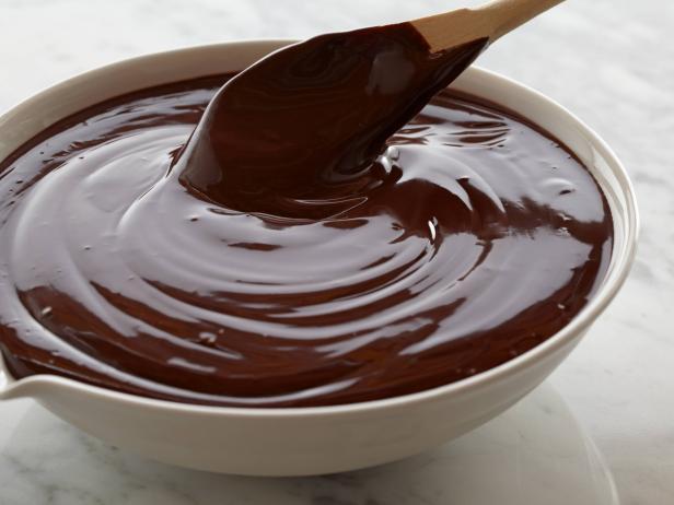 طريقة عمل صوص الشوكولاتة