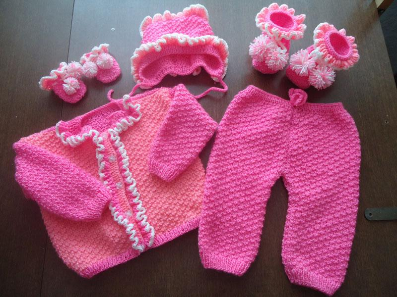Crochet Baby Set In For Drinks With Cute Pattern Crochet Designs Free