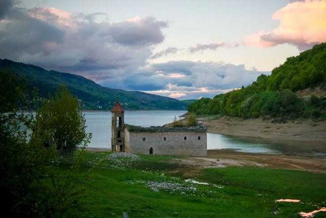 4 Lokasi Dunia yang Muncul Kembali Setelah Tenggelam Dalam Air Selama Ratusan Tahun