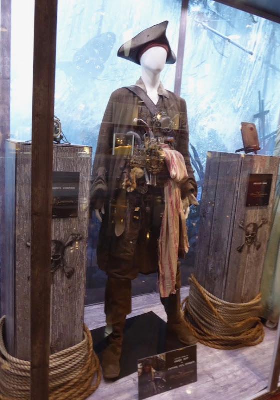 Captain Jack Sparrow costume Pirates Caribbean Dead Men Tell No Tales