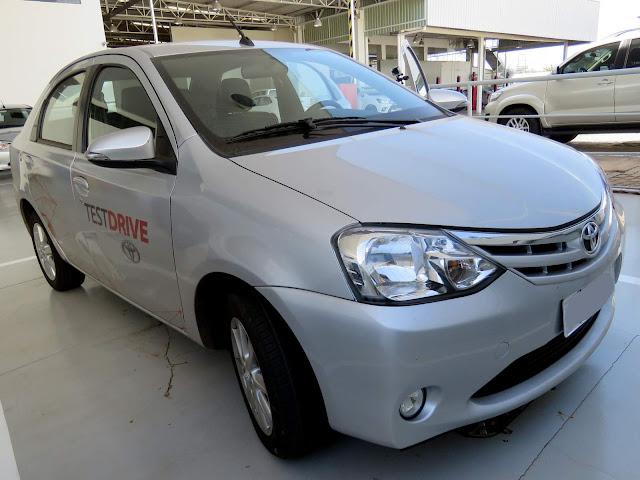 Novo Toyota Etios XLS 1.5 Automático - impressões ao dirigir