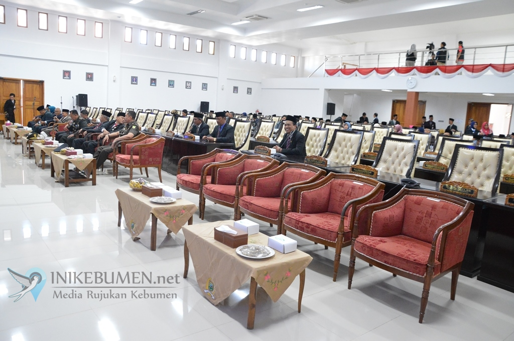 Wow! Pembukaan Paripurna Istimewa DPRD Kebumen Hanya Dihadiri Tiga Anggota Dewan