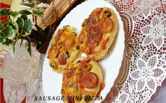 Sausage Mini Pizza