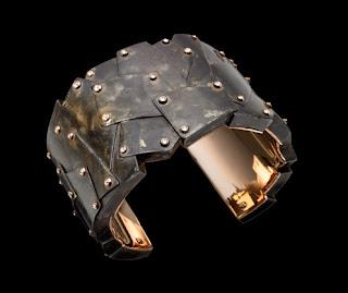 Wacky Business Ideas -unusualTurning Guns Into Jewelry