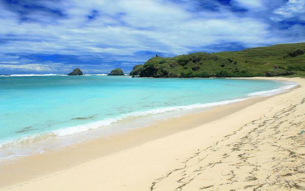 Pantai Tanjung Aan di Lombok