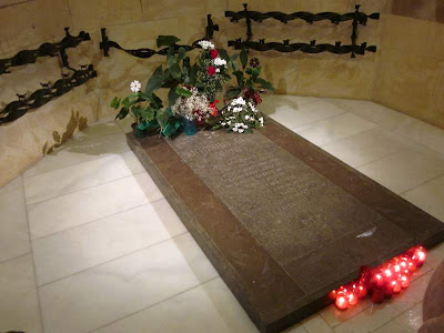 Tomb of Antoni Gaudí in the crypt of the Sagrada Familia Basilica