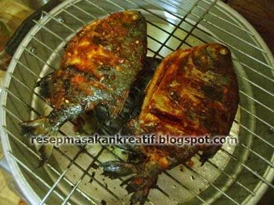 Cara Membuat Ikan Bakar Bumbu Kecap Pedas Manis Resep Mudah RESEP IKAN BAKAR BUMBU KECAP PEDAS PRAKTIS