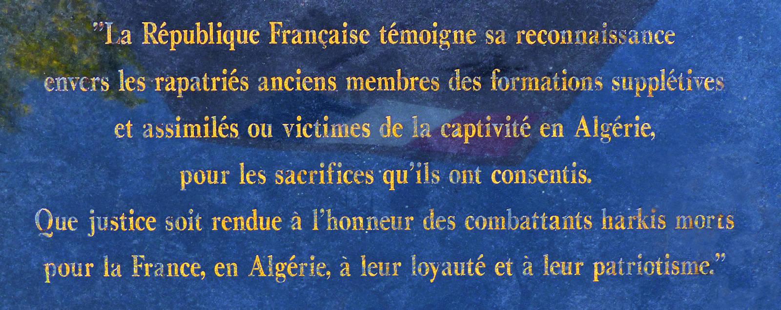 Tourcoing, Hommage aux Harkis - Inscription sur la stèle
