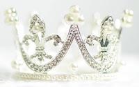 https://pixabay.com/de/hell-krone-kristall-kristalle-1866986/