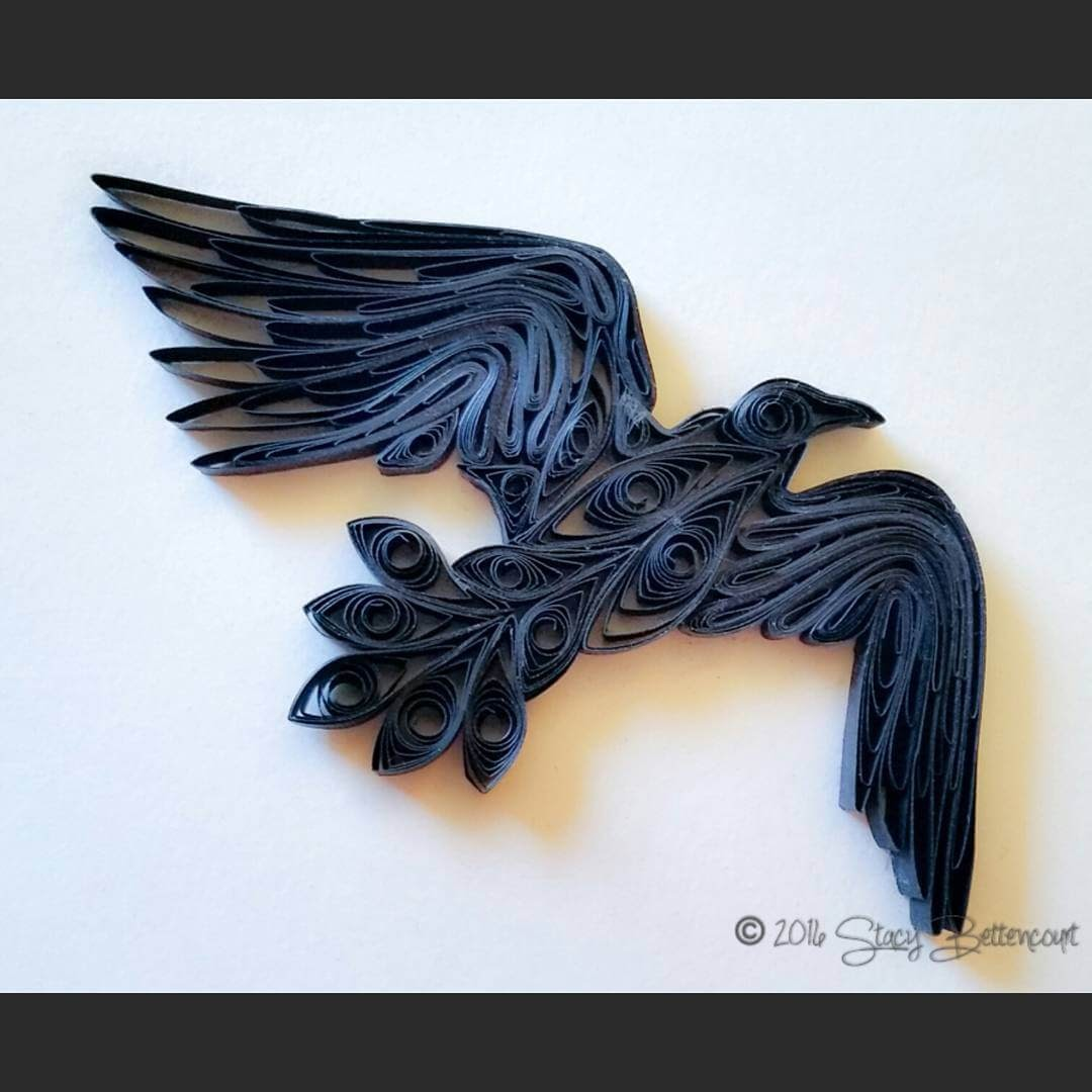 07-Raven-in-Flight-Stacy-Bettencourt-Quilling-Animals-and-Game-of-Thrones-www-designstack-co