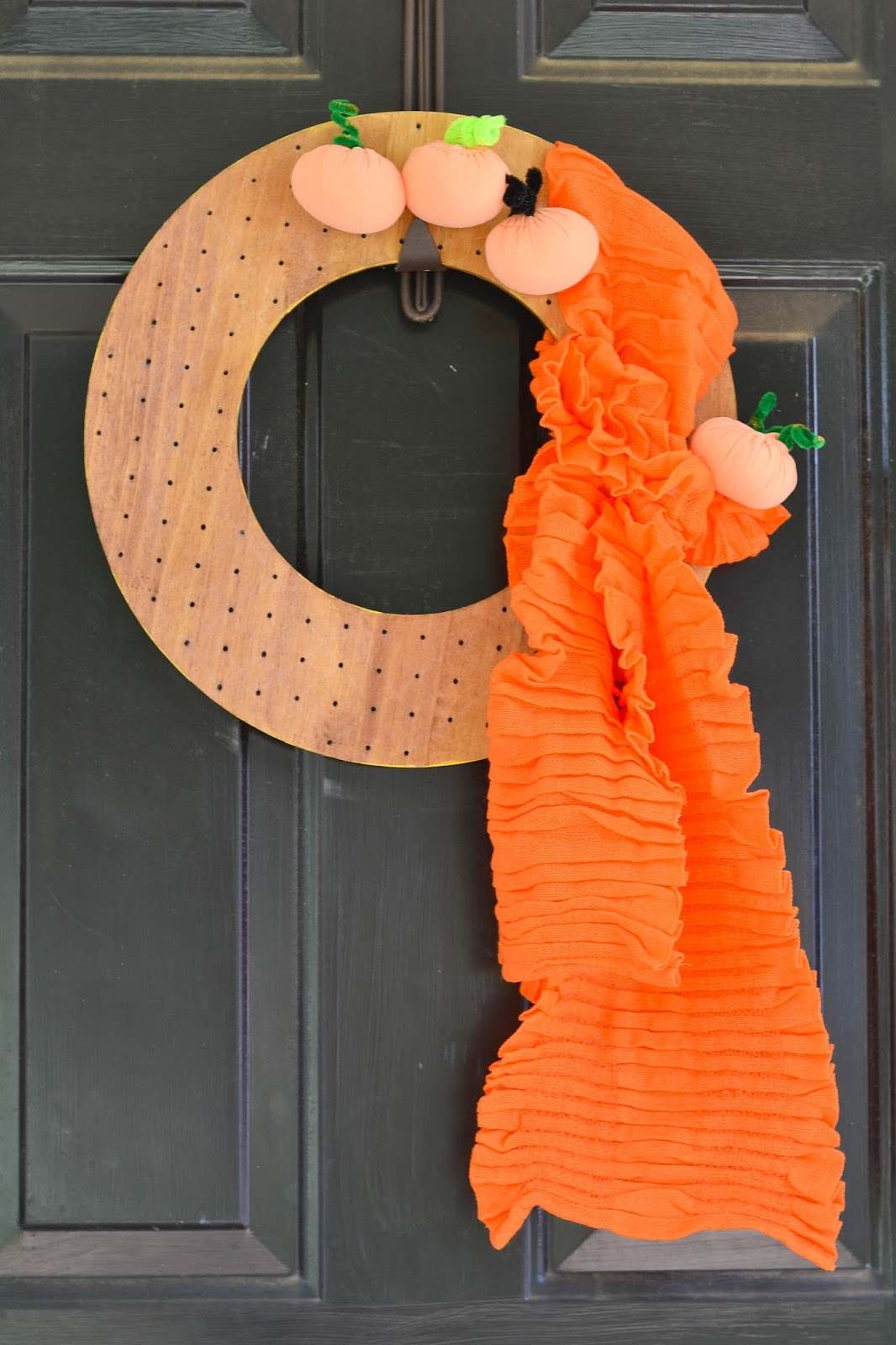 Architecture Of A Mom Wooden Fall Wreath With Fabric Pumpkins
