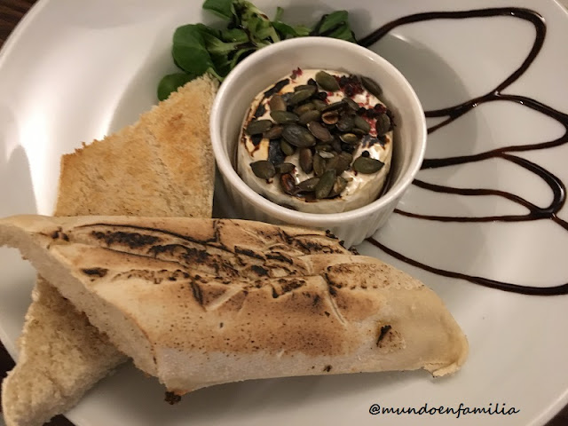 Honey-Baked Camembert (Restaurante U Magistra Kelly)