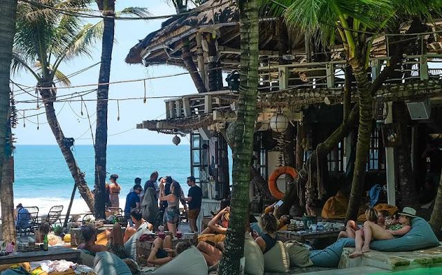 Tiket masuk dan menu La Brisa Bali