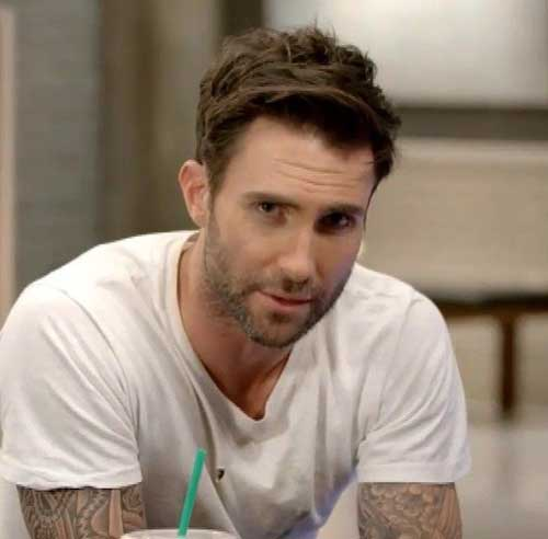 34 Handsome Adam Levine Hairstyles   Hairstylo
