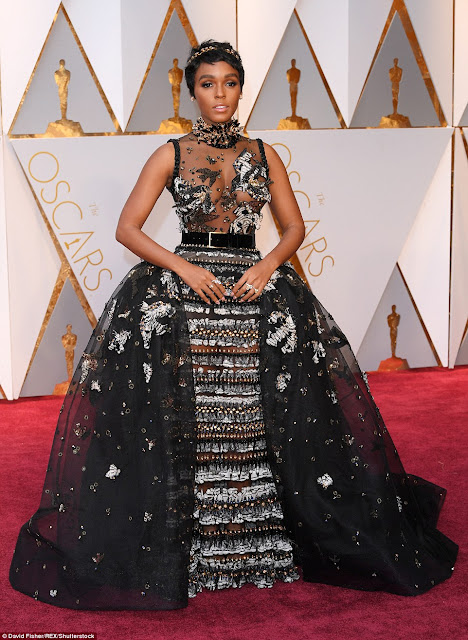Oscar Award Ceremony, Hollywood Beauty Awards, Worst Dresses, fashion disaster, Priyanka Chopra, Blanca Blanco, Lesslie Mann, Halle Berry, Janelle Monae, Slider, Articles, Entertainment, Worst Dresses Oscars,
