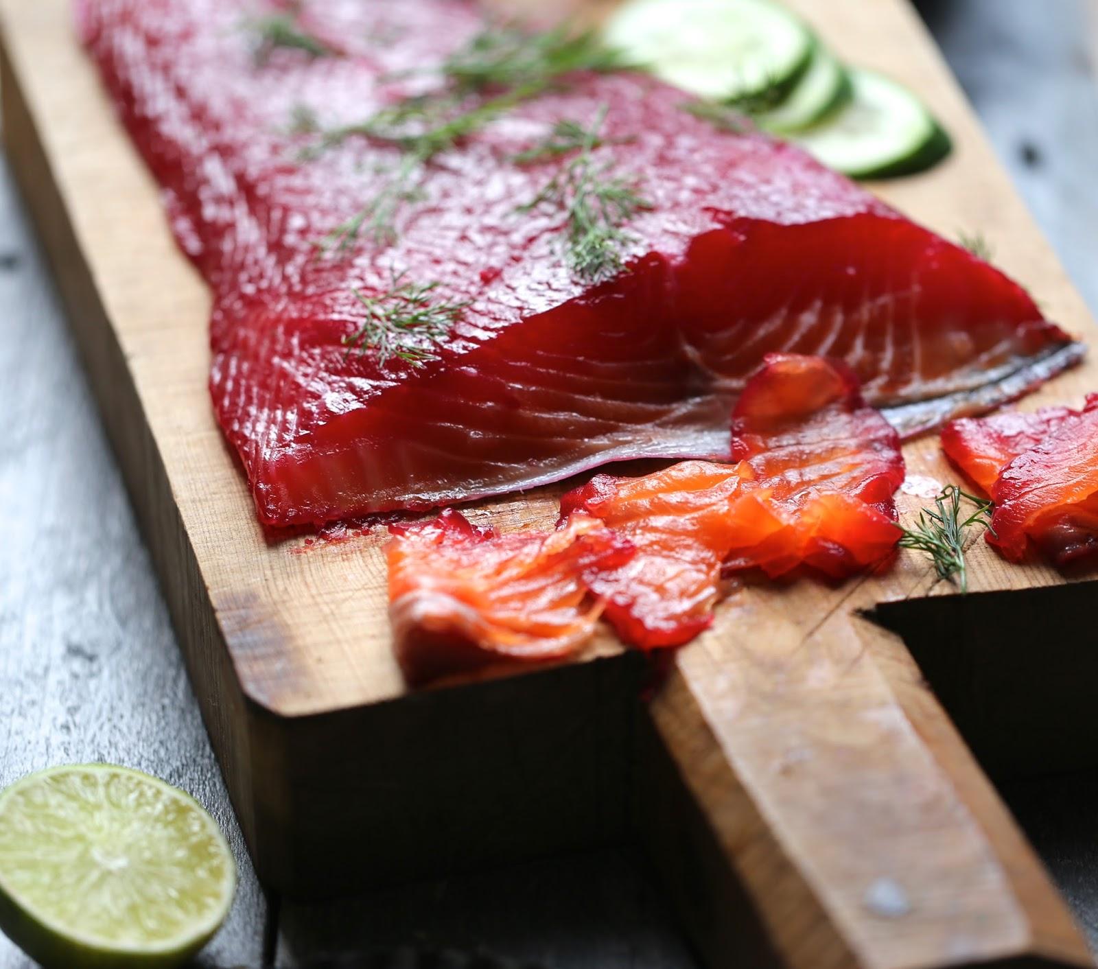on dine chez nanou saumon marin fa on gravadlax la vodka et betterave rouge. Black Bedroom Furniture Sets. Home Design Ideas