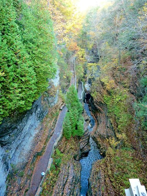 Vista aérea del Gorge Trail en Watkins Trail