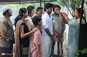 Appatlo Okkadundevadu Movie Stills-thumbnail-14