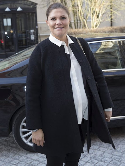 Crown Princess Victoria of Sweden visited Stockholm Environment Institute as the new delegate of United Nations within the scope of