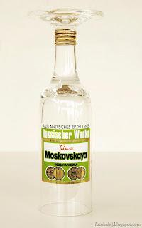 http://fotobabij.blogspot.com/2015/05/kieliszek-reklamowy-wodka-moskovskaya.html