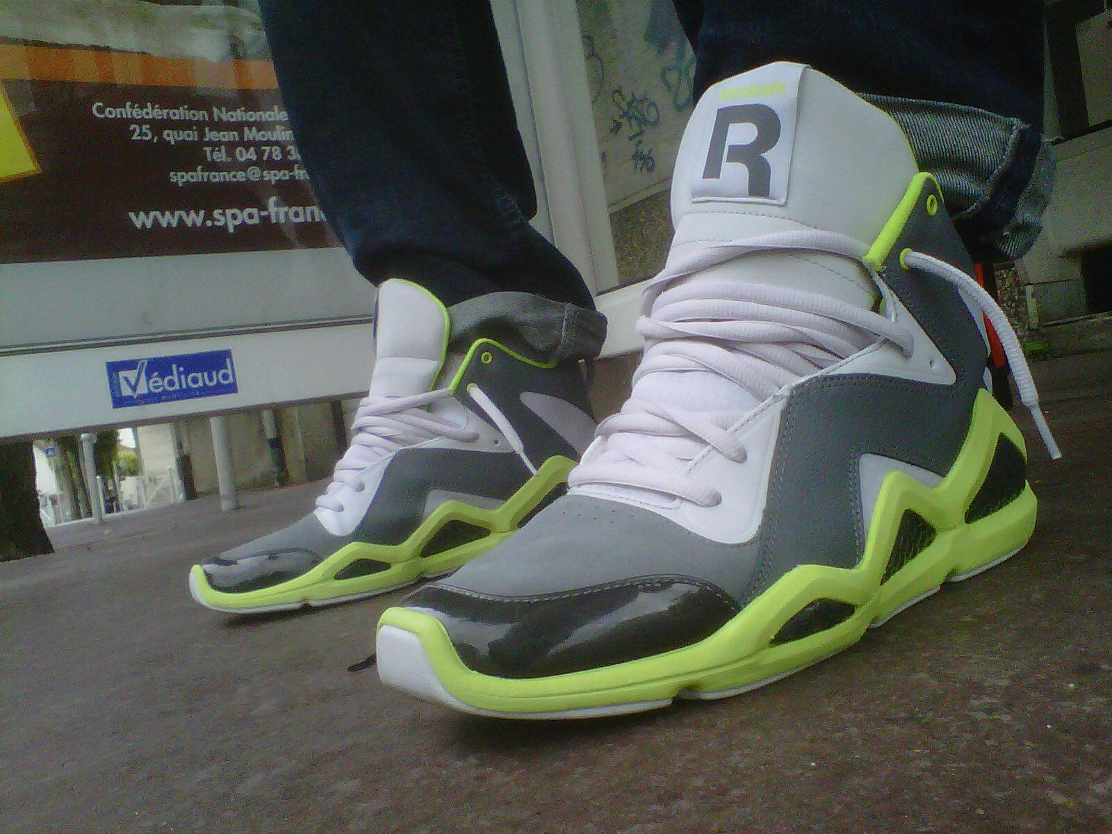 3926a2a0f36 My Sneaker s Collection  Reebok Kamikaze III Mid NC (Rivet Grey ...