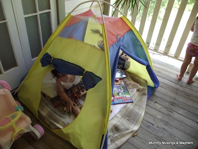 Toddler book Tent