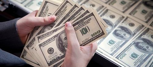 El Dólar Se Aprecia 0 04 Fe Al Peso Dominicano Según Promedio Del Banco Central
