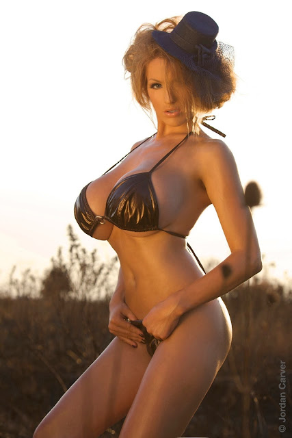 Jordan-Carver-Scorched-HD-photoshoot-and-sexy-hot-picture-27