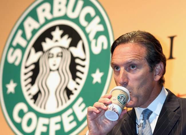 CEO Starbucks: Từ cậu bé nhà nghèo đến tỷ phú cà phê - Ảnh 2