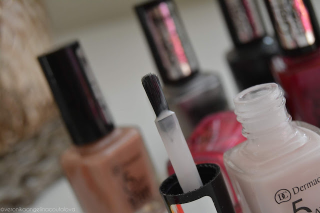 Dermacol 5 Day* Stay dlouhotrvající laky na nehty & Mini Summer Collection letní laky na nehty