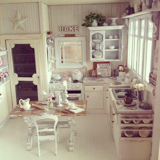 Kuchnia shabby chic, romantyczna, wiejska