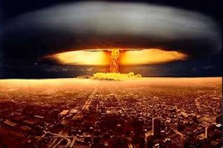Pegang Kendali, Sewaktu Waktu Trump Bisa Luncurkan 900 Bom Nuklir dalam Tempo 10 Menit - Commando