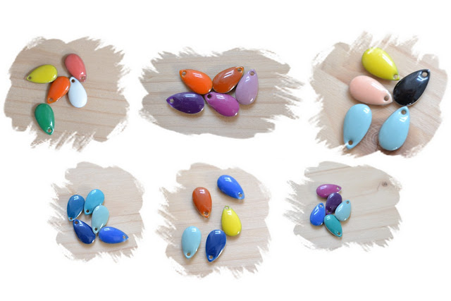 exemples d'associations de gouttes émaillées multicolores