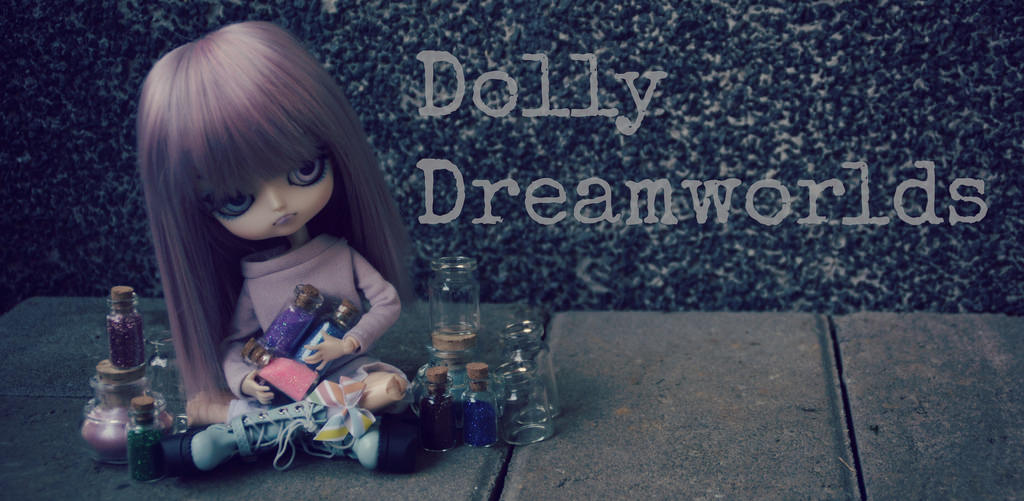 Dolly Dreamworlds