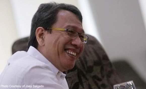 "kampo ni Binay Sinabing Deserving tawaging ""Father of fake news"" si  Senador Antinio Trillanes,."