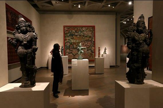 South Asia: Manhattan art dealer suspected of smuggling