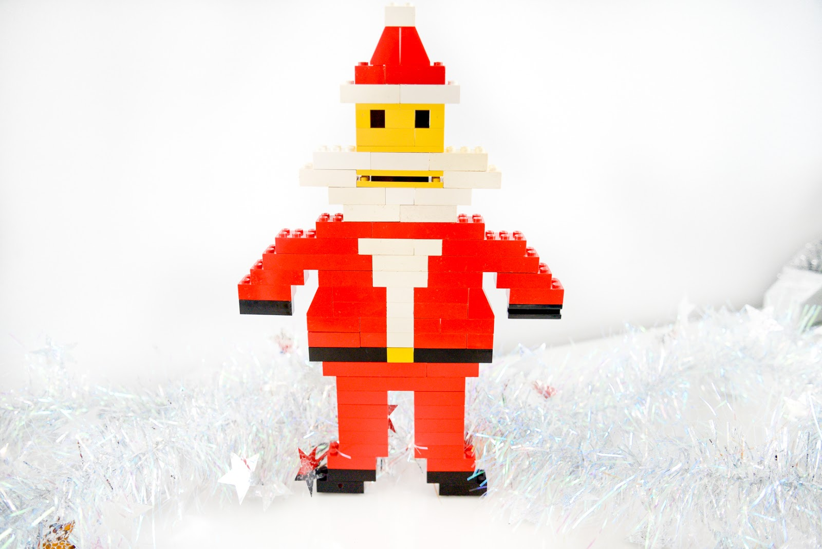 christmas lego, DIY christmas lego ornaments, DIY lego christmas decorations, Lego Christmas santa, lego father christmas